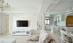 巧贴壁纸打造风格电视墙