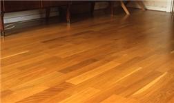 油漆味太重 是木地板安装的问题?