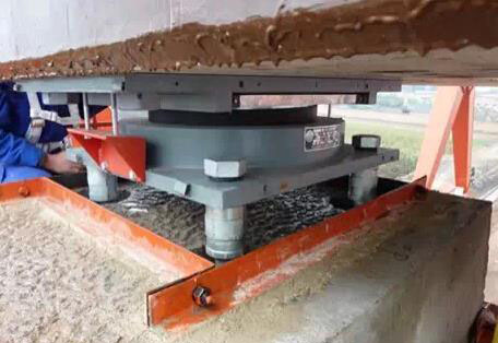 设备安装水泥灌浆步骤