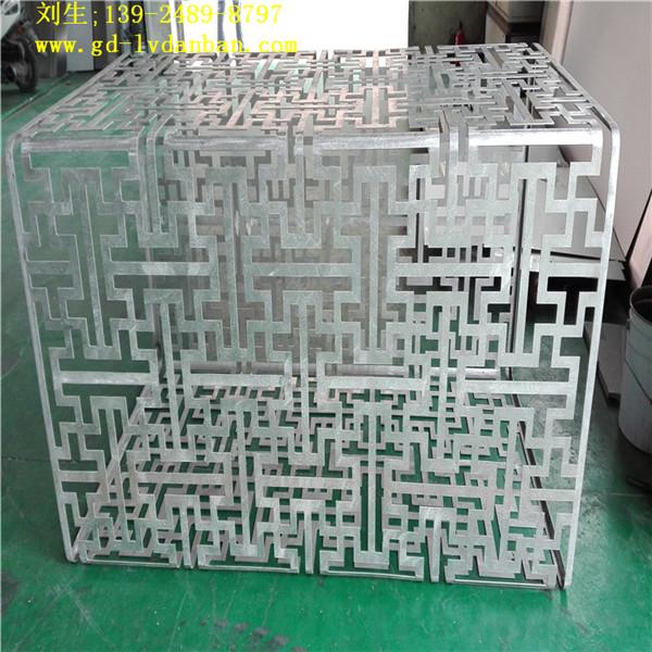 缕空雕刻铝单板