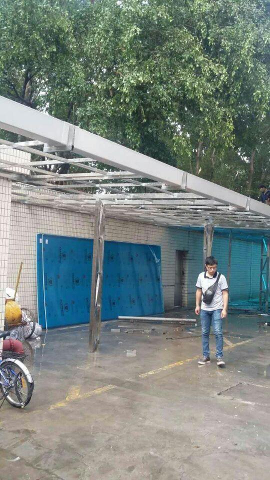 广州搭玻璃雨棚|广州搭建钢结构雨棚|耐力板雨棚安装施工