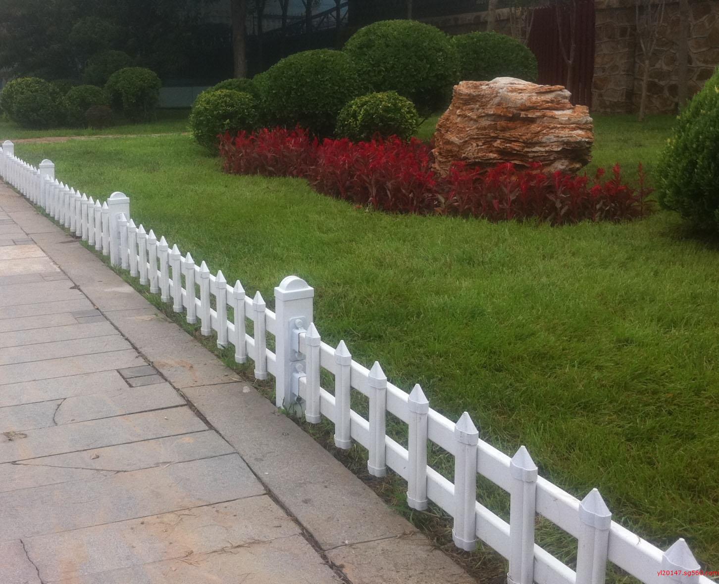 铁艺树木围栏造型独特、厂家可按图纸订做