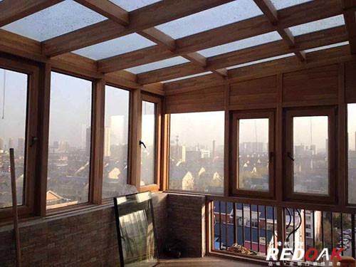 红橡树门窗铝木复合门窗及铝木阳光房的特点