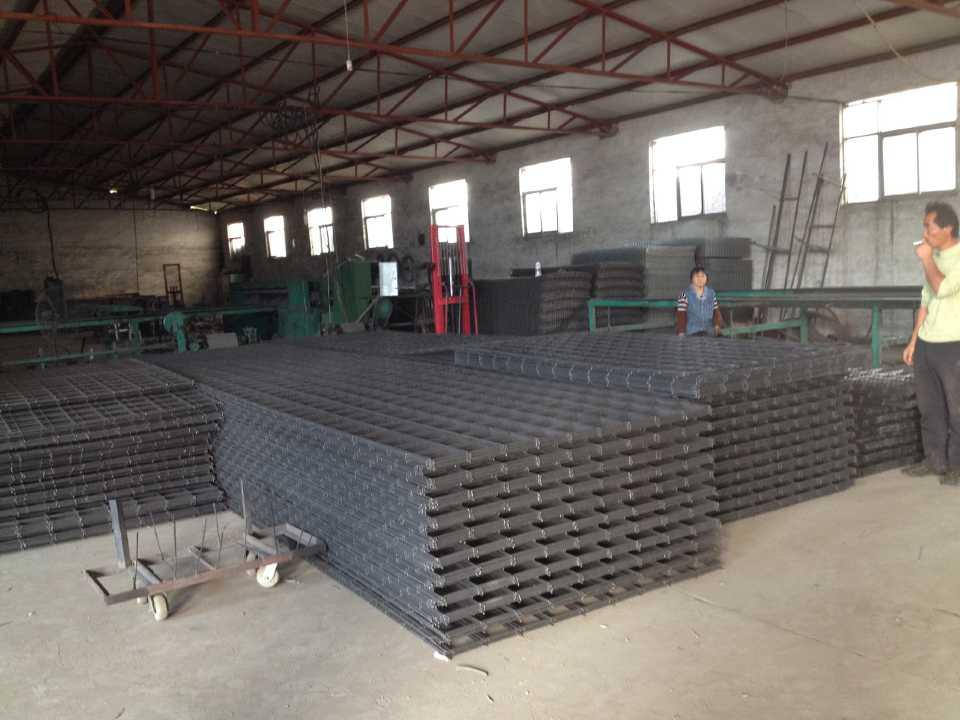 屋面铺设钢丝网片价格鞍山焊接钢丝网片厂家