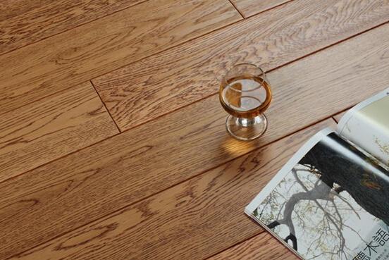 橡木地板该怎么选择