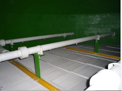根据不同除雾器叶片结构及布置形式,设计流速一般选定在3.5~ 5.