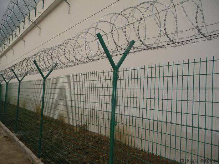 【飞机场外围y字形边框护栏网/围栏网】报价