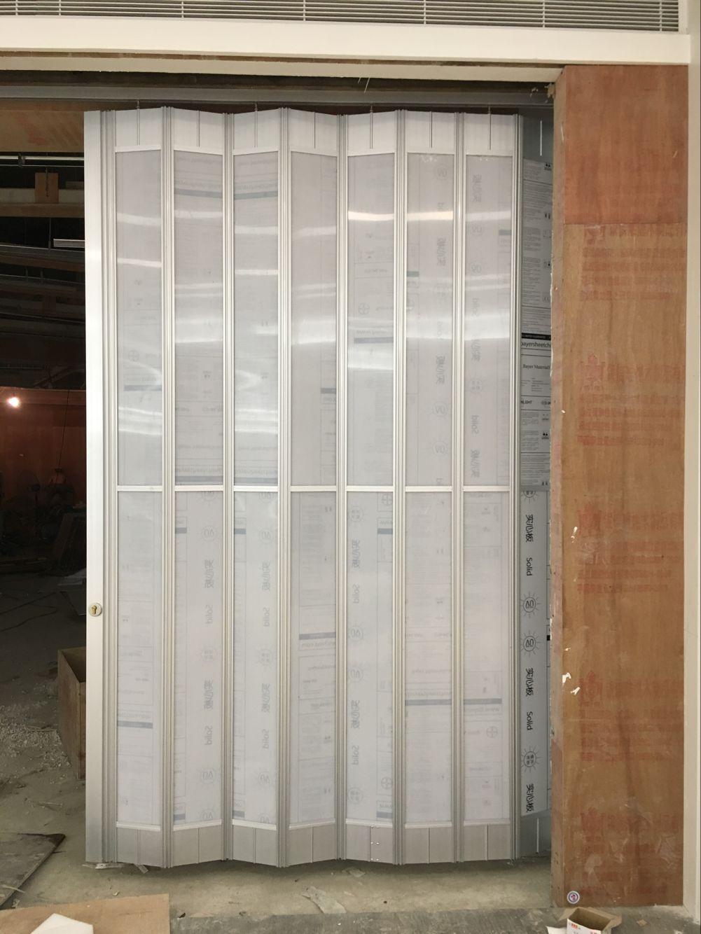 珠海水晶折叠门