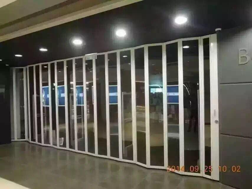 武汉水晶折叠门、 铝合金水晶折叠门