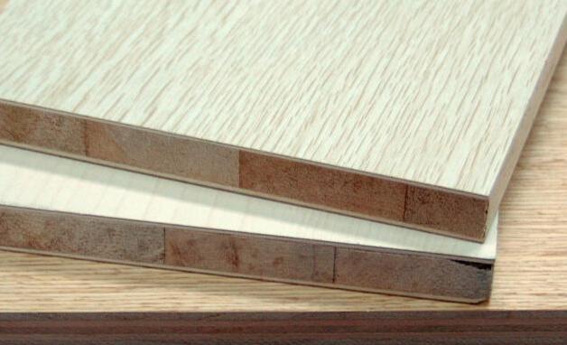 办公家具中实木宽拼板