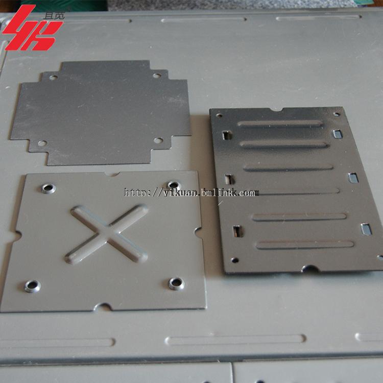 供应宜宽牌OA全钢带线槽架空活动地板
