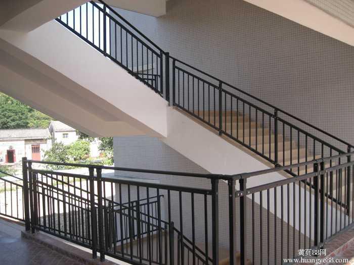 供应佛山锌钢楼梯扶手护栏厂家