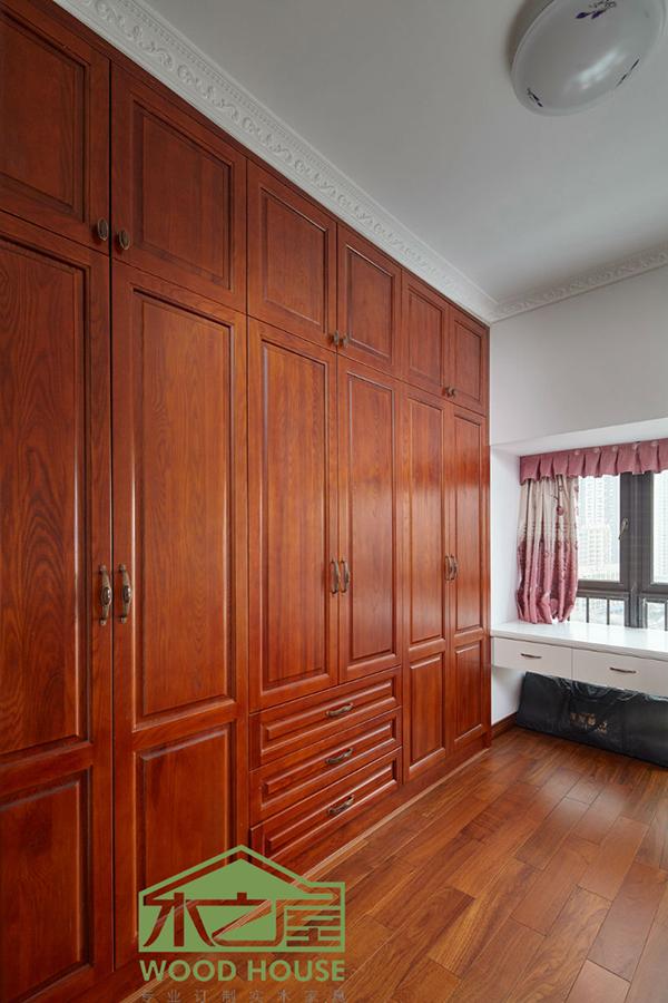 【经营范围】 1.卧室家具系列:包括衣柜,床,梳妆台,斗柜等家具; 2.