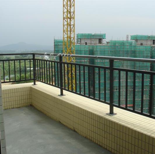 供应靖江热镀锌浸塑阳台护栏厂家