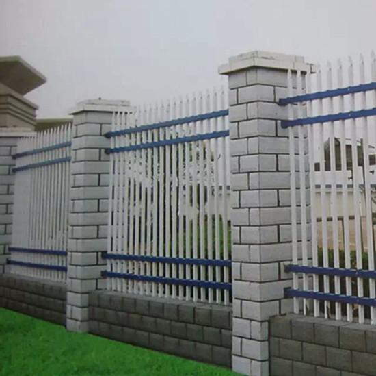 供应蚌埠热镀锌浸塑围墙栅栏厂家