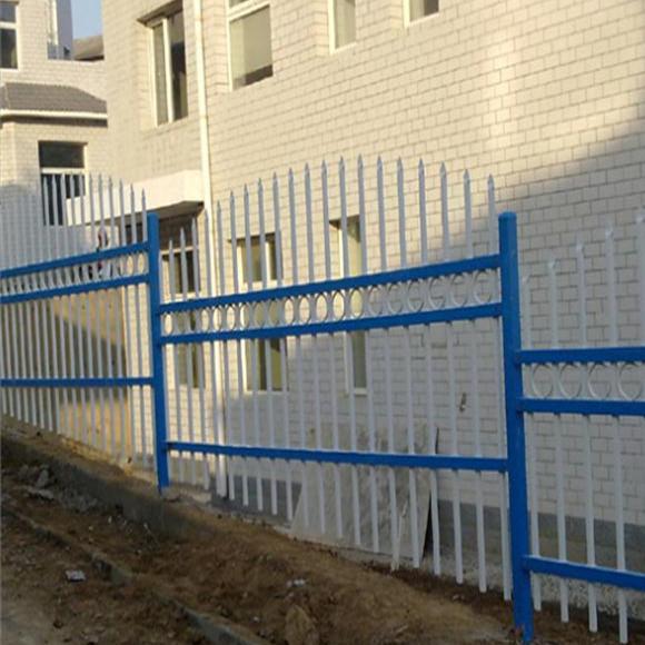 供应连云港锌钢喷塑围墙护栏厂家