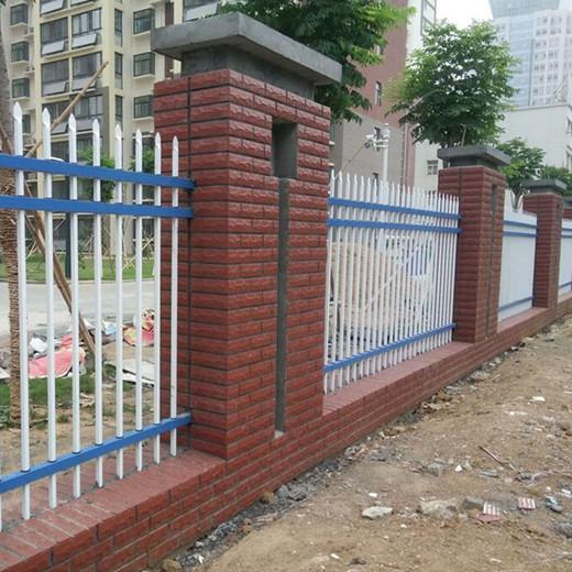 如皋镀锌钢中晶围墙护栏生产厂家