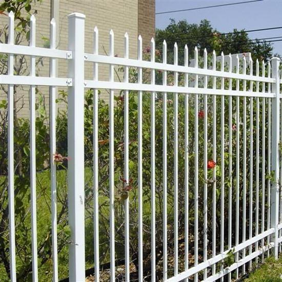 供应南通热镀锌浸塑围墙护栏厂家