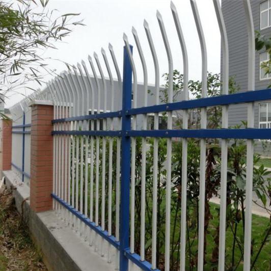 供应盐城镀锌钢围墙护栏生产厂家