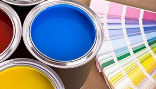 乳胶漆价格   很多消费者以为色卡上的涂料颜色和刷上墙的颜色完全