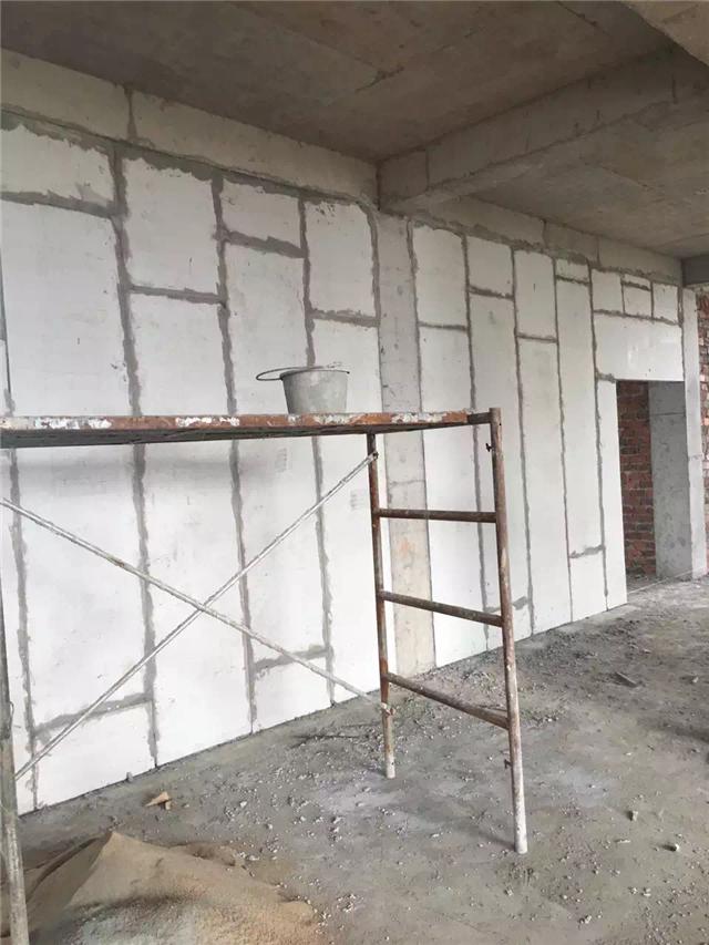 厂家直销湖北 轻质隔墙板 防火隔音保温隔墙