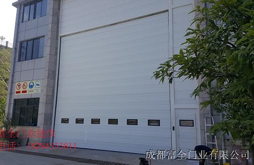 昆明超大工业门制作安装