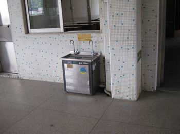 成都幼儿园专用节能饮水机带过滤装置
