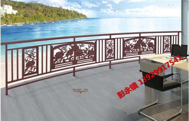 我们专业生产铸铝合金庭院大门,阳台栏杆,围墙栏杆,窗花等.