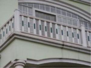 供应石家庄锌钢阳台护栏厂