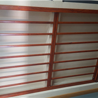 合肥小卫士对开防护纱窗满足大面积防护需求
