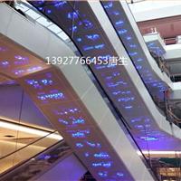 扶梯两侧底部包边铝天花电梯包边用的铝单板