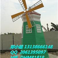 大型风车玻璃钢树脂雕塑公司景观风车供应商