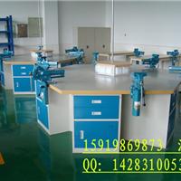 教学装备钳工台、机修钳工操作台、模具钳工实训平台