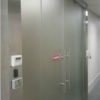 供应玻璃门地弹簧安装维修玻璃门下垂维修
