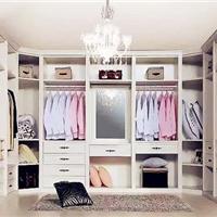 柏克家居――定制衣柜重在用户体验