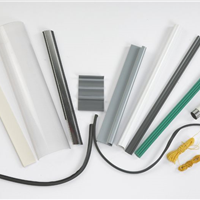 供应  挤出复合挤出软硬质PVC粒料 PVC颗粒
