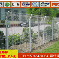 珠海球场围栏网报价 东莞周边围栏网现货
