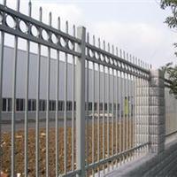 适用于机场的护栏、九正锌钢护栏生产厂