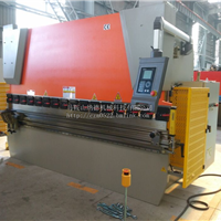 供应100T/3200数控折弯机 标准4加1轴折弯机