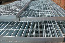 钢格板,钢板网,脚踏板,机械防护网