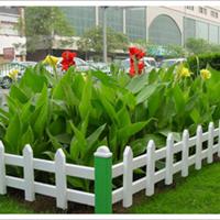 美观大方的草坪护栏、安平九正锌钢护栏厂