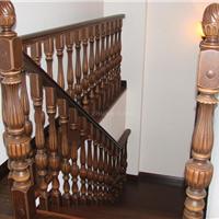实木楼梯扶手中柱旋转楼梯玻璃护栏