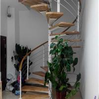 霸州钢木楼梯为行业注入新鲜血液