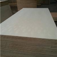 供应临沂专业生产三聚氰胺贴面基板的工厂