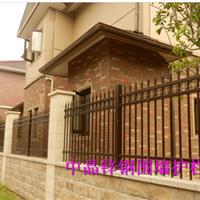 宝应围墙护栏厂价供应,专业生产安装