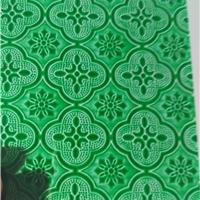 供应绿色海棠压花玻璃     透光