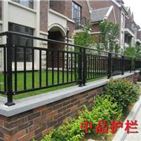 供应常熟锌钢免维护围墙护栏价格