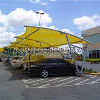 【黄色车棚 蓝色汽车】海南彩色车棚安装