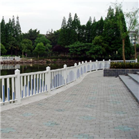 供应南京镀锌钢喷塑交通护栏价格