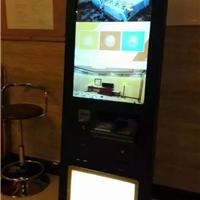 供应宾馆酒店自助入住机器人